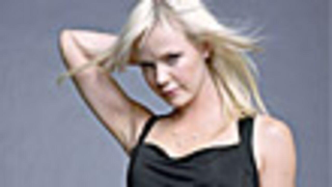 Laura Harris dans Stargate Atlantis