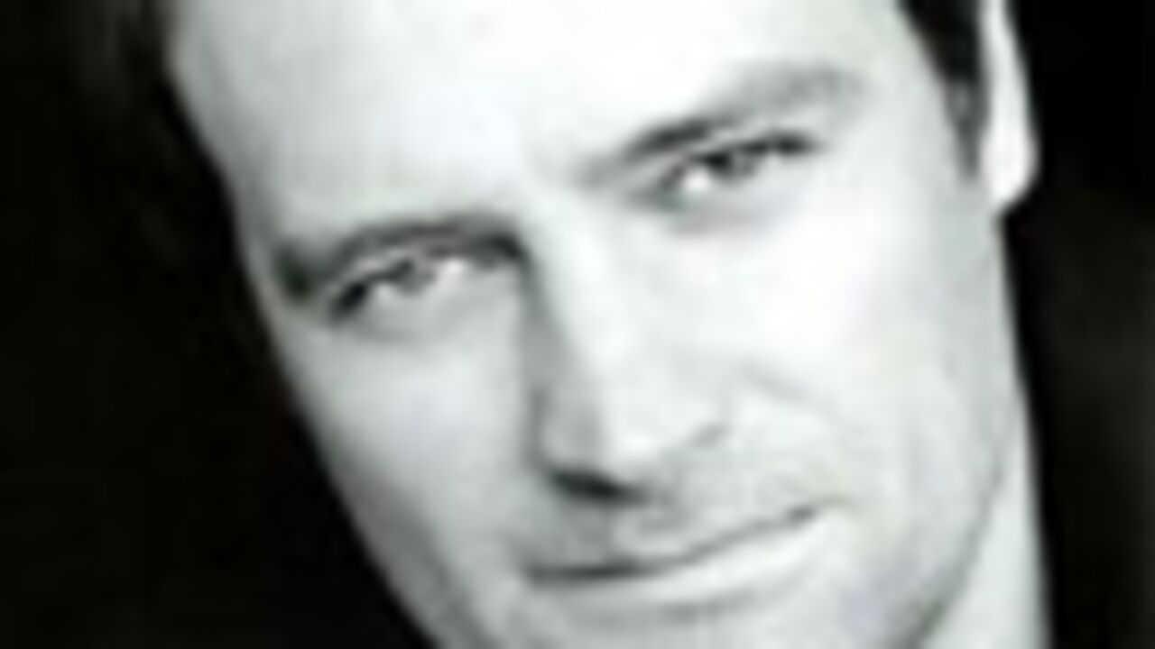 David Hewlett dans Nothing