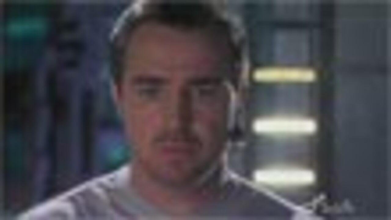 McGillion aura un rôle récurrent dans la Saison 2
