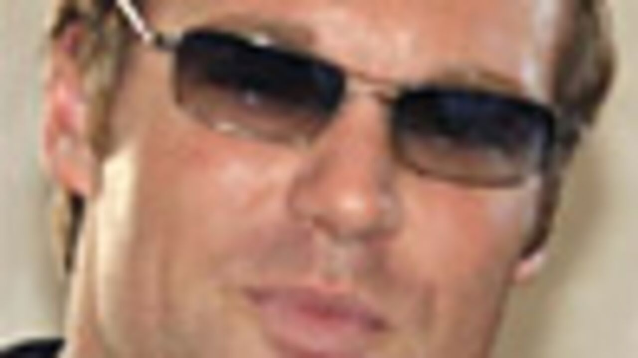 Michael Shanks dans Burn Notice