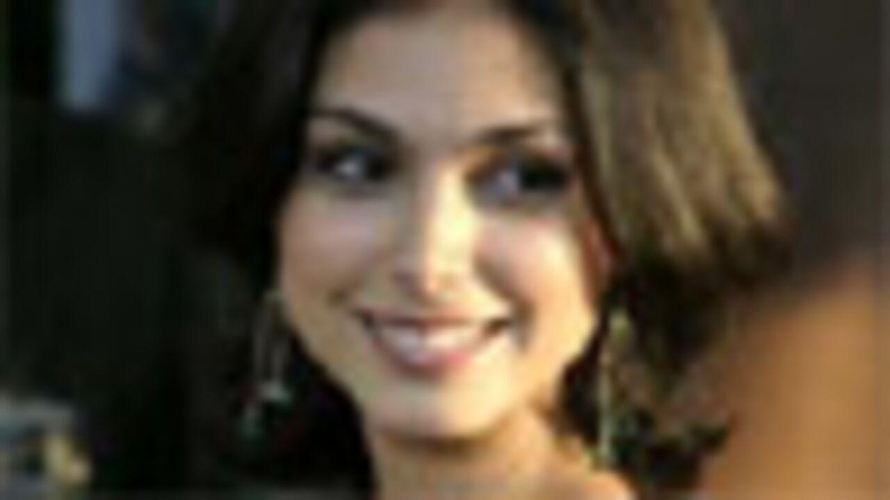 Morena Baccarin castée dans le remake de V