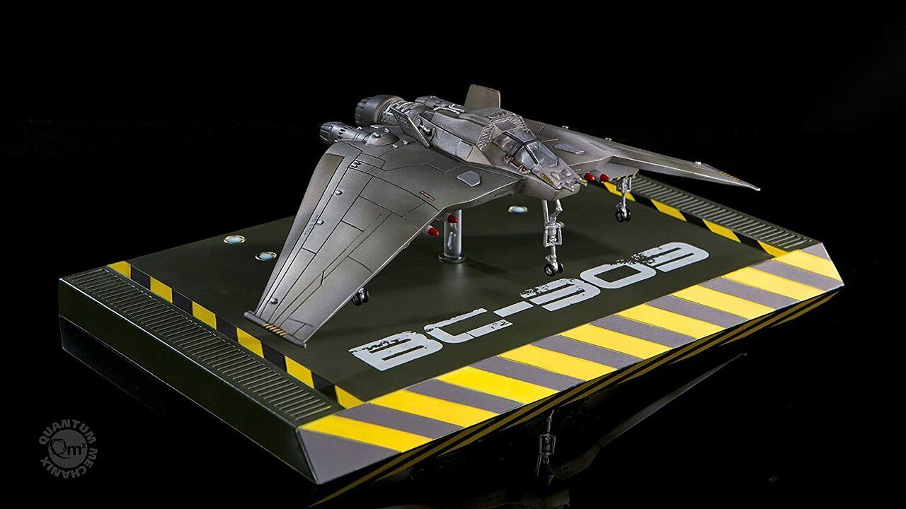 Quantum Mechanix - F-302 Fighter Interceptor