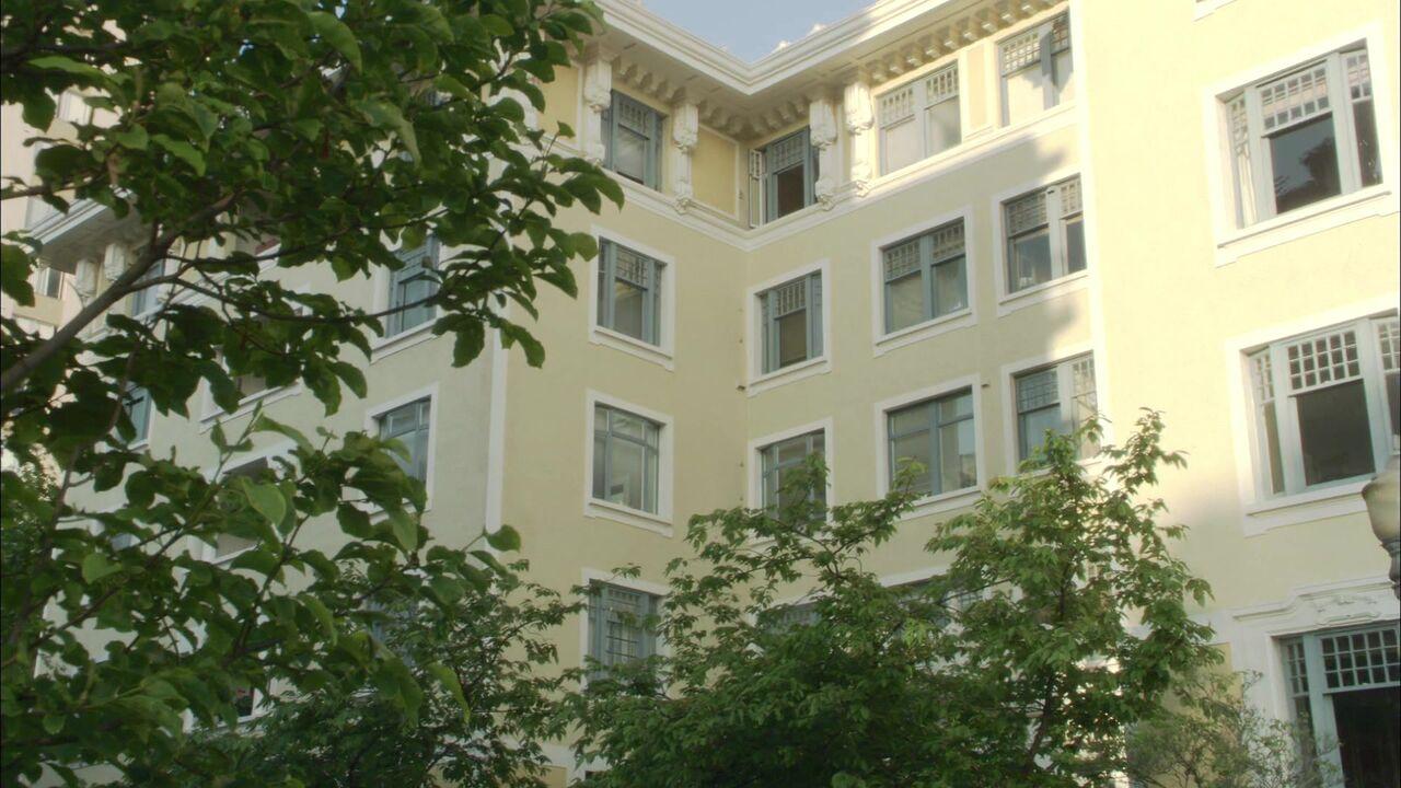 Appartement de Maybourne/Teal'c