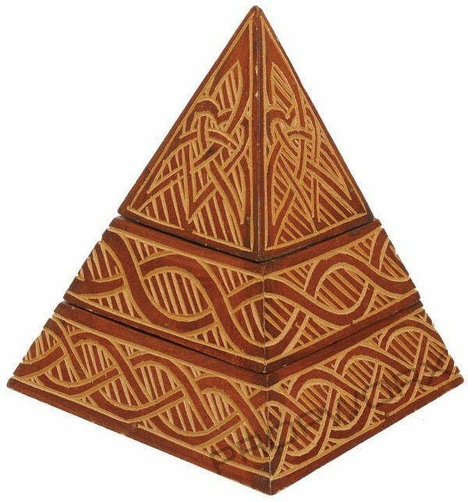 Décoration pyramide de Carter